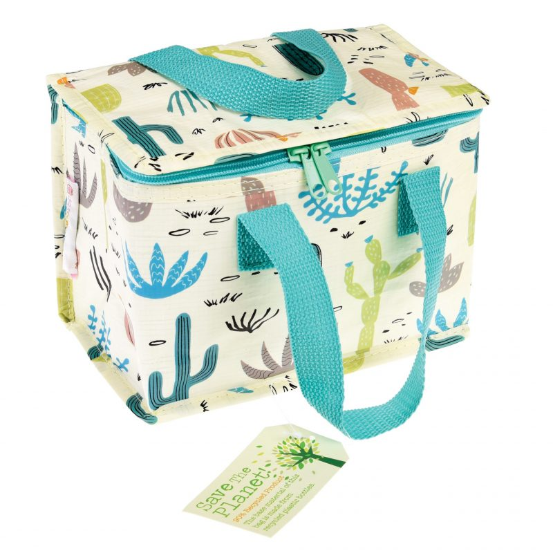 lunchbag from recycled bottles