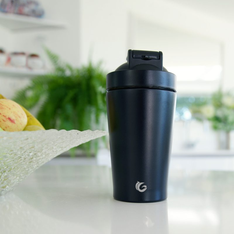 500ml Matte black protein shaker and ball whisk